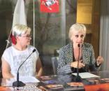 La portavoce del Toscana Pride Veronica Vasarri e la capo segreteria della vicepresidenza Cristina Rita Alfonsi