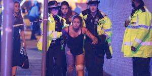 """Attentato a Manchester, la polizia conferma: """"Attacco kamikaze"""""""