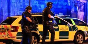 Manchester, bomba al concerto di Ariana Grande; per la polizia è 'un attentato terroristico'