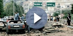 Il tratto dell'autostrada A29 subito dopo l'attentato del 23 maggio 1992
