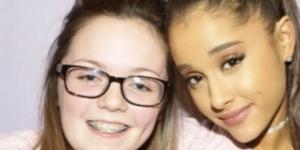 Georgina Callender (à esq.) é a 1ª vítima identificada do atentado ao show de Ariana. As duas tiraram foto em 2015. (Foto: Instagram/Reprodução)