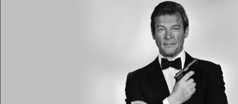 Roger Moore spielte den Agenten mit der Lizenz zu töten insgesamt sieben Mal.