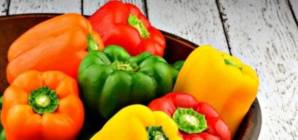 Bell Peppers Don't Cost The Same - Photos: Blasting News Library - alkalinevalleyfoods.com