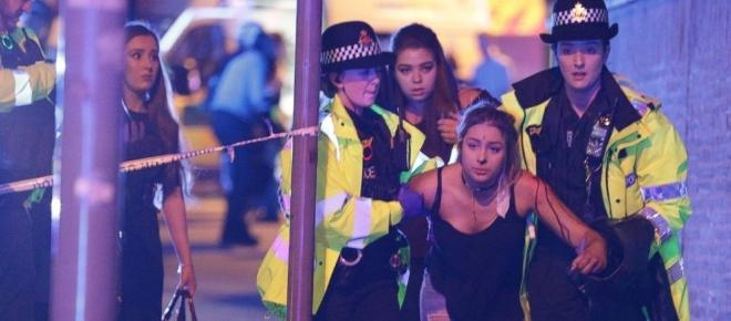 Celebridades muestran apoyo por el atentado en Manchester