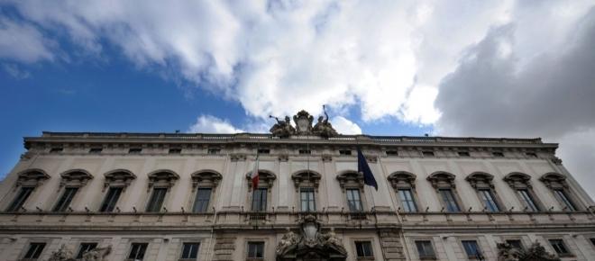 Il Rosatellum supera il primissimo esame, ma a Renzi piace l'idea di Berlusconi
