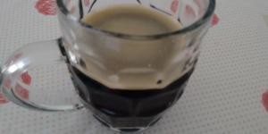 Vai um cafezinho? Além de delicioso, o café possui inúmeras propriedades que fazem um bem danado à saúde (foto: Deni Simões)