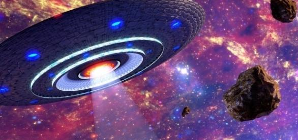 Você acredita em vida extraterrestre? Segundo tablóide britânico, invasão ocorre em setembro de 2017