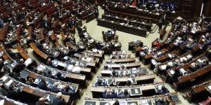 Vitalizi parlamentari: stop vicino, ok testo Richetti in Commissione