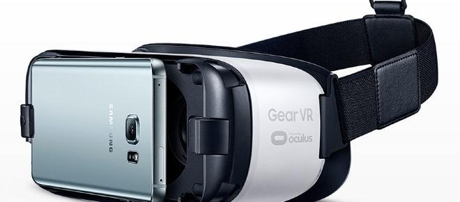 Nuovi accessori per Samsung: la camera 360 e il visore VR 2017