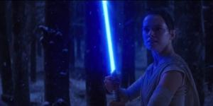 "Rey's lightsaber in ""Star Wars: The Last Jedi"". - recknews.com"