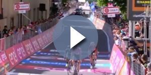 L'arrivo di Dumoulin con Nibali e Quintana