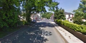 Tragédia aconteceu em uma rua da Irlanda (Foto: Google)