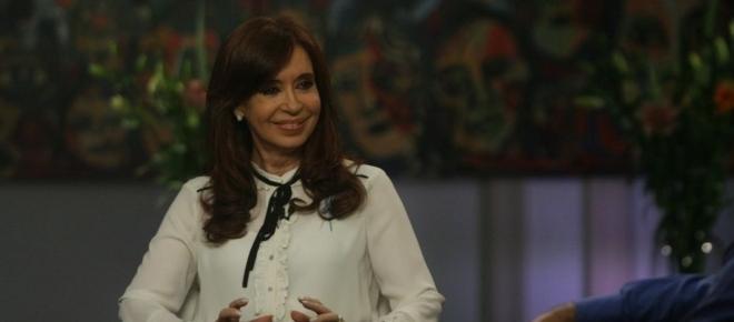 Vuelve el fantasma K: Cristina quiere postularse a las PASO