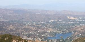 The view from Sandstone Peak in the Santa Monica Mountains National Recreation Area is seen in 2011 (Photo: Seanydelight/Wikimedia Commons)