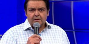 """Faustão fala mal de """"BBB"""" ao vivo"""