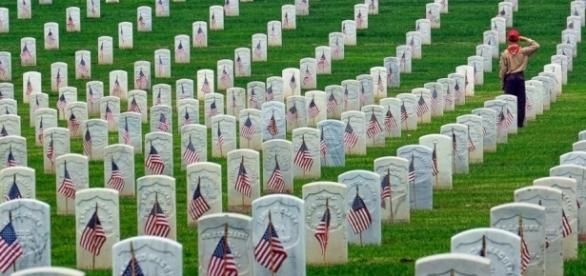 Memorial Day: People Died Fighting for America - Photo: Blasting News Library - go.com