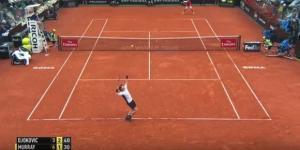Andy Murray vittorioso contro Novak Djokovic