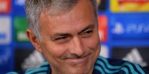 Utd : une énorme enveloppe pour le mercato de Mourinho ? - bfmtv.com