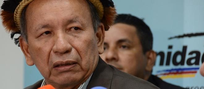Gobernador de Amazonas lanza maldición a Maduro
