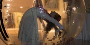 Oriella Nitti durante la performance.