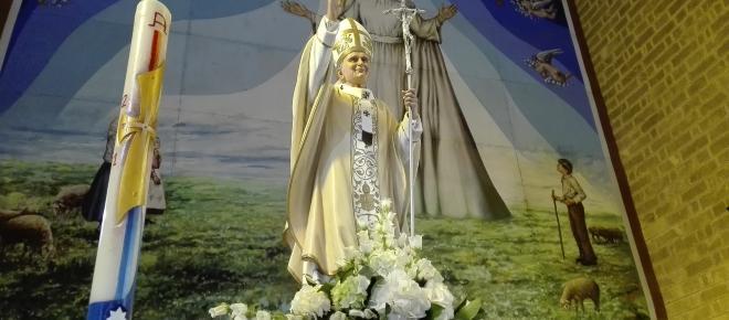 Centenario delle apparizioni della Madonna di Fatima e annullo filatelico