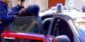 Doi români aflaţi în Italia au furat o maşina de poliţie cu tot cu ofiţer Foto: comisarul.ro