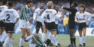 Em 1993 Corinthians saiu na frente, mas ficou sem o título