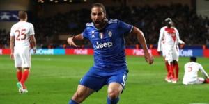 Higuaín foi o herói da Juventus na 1.ª mão