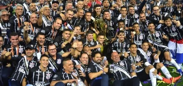Corinthians é campeão Paulista de 2017 (Foto: Marcos Ribolli)