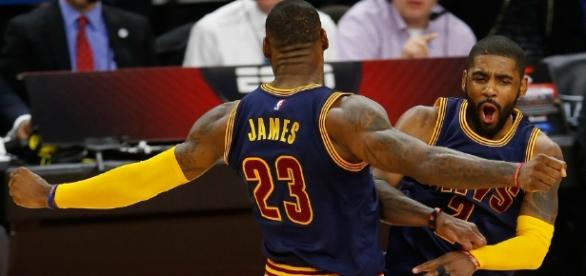 Kyrie Irving and LeBron James helped the Cavs get to the Eastern Conference Finals on Sunday. [Image via Blasting News image library/inquisitr.com]