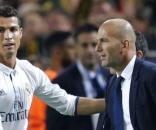 Cristiano Ronaldo fez os três golos do jogo da 1.ª mão