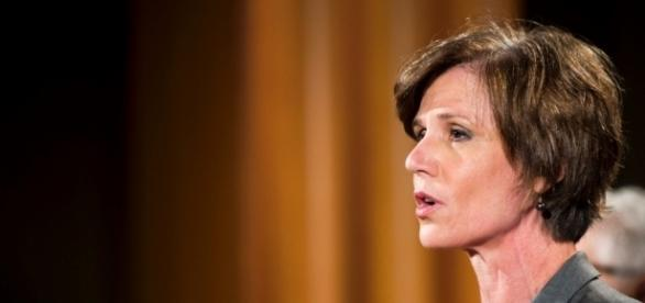 Jeff Sessions grilled Sally Yates on constitutional duty during ... - cnn.com
