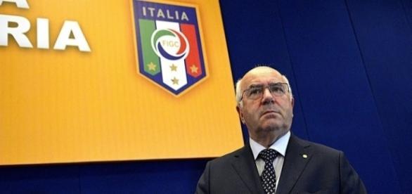 Carlo Tavecchio, presidente della Federcalcio e Commissario di Lega