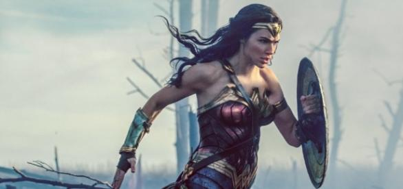 Gal Gadot's Wonder Woman Manages To Winsomely Portray Virtue - thefederalist.com