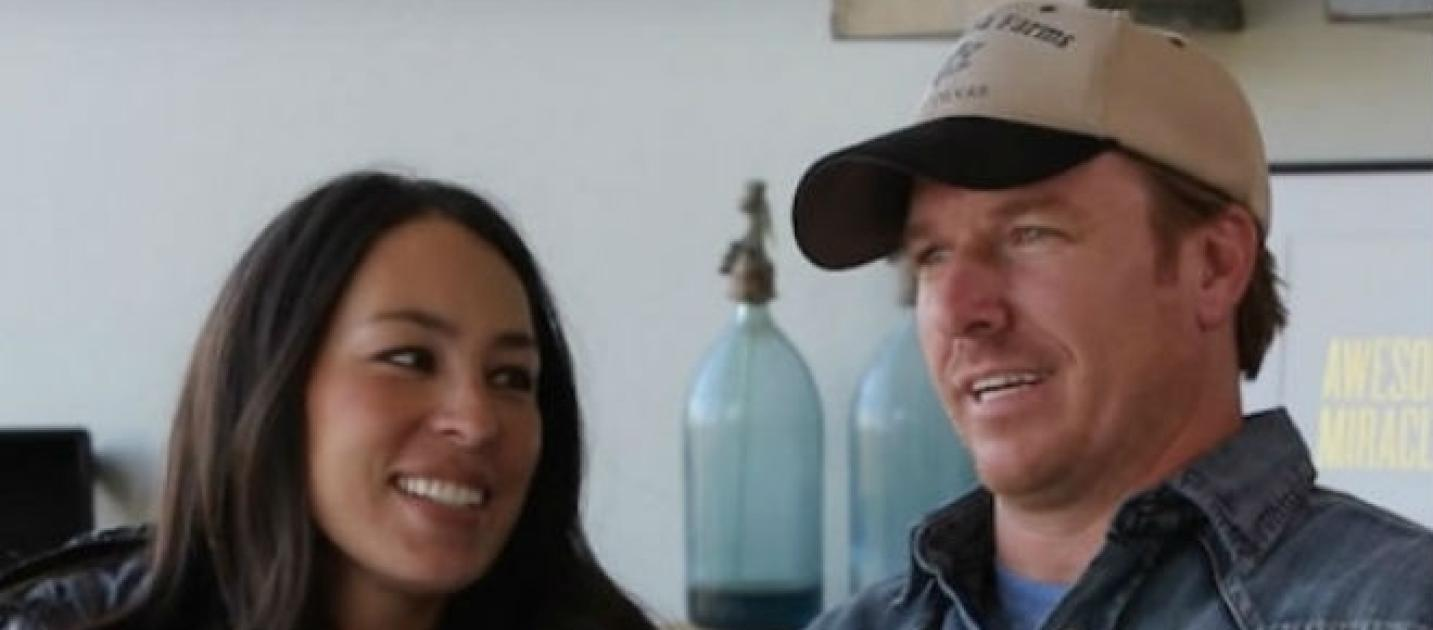 fixer upper faked surprising moments chip and joanna