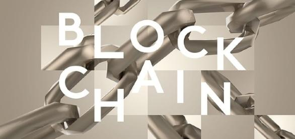 blockchain, block chain, bitcoin/ by Davidstankiewicz CC BY-SA 4.0 via wikimedia