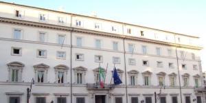 Il Governo darà fino a 490 euro al mese per fronteggiare la povertà