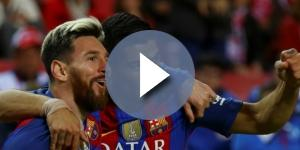 Luis Suárez y Messi juntos celebrando un gol