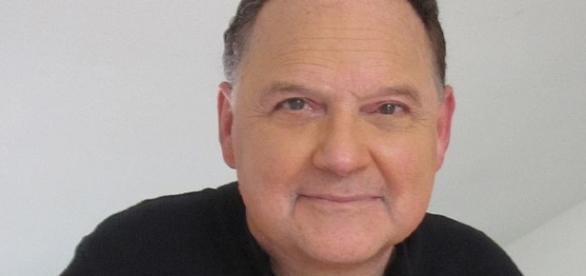 Stephen Furst (wikimedia Lois Benton)