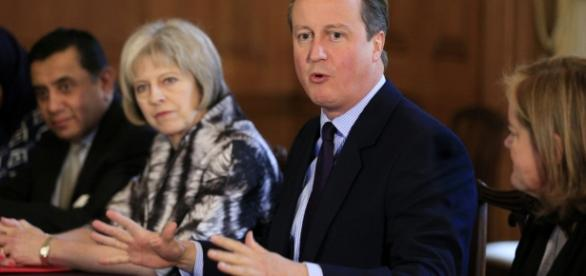 David Cameron: Theresa May should listen to other parties on ... - politicshome.com