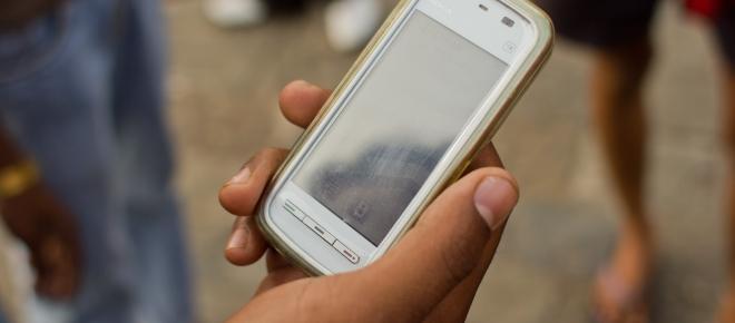 La adicción por el uso de teléfonos celulares como el pan de cada día