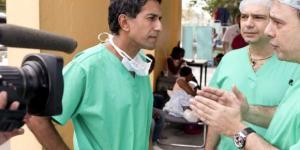 CNN's Sanjay Gupta is a surgeon first - Houston Chronicle - chron.com