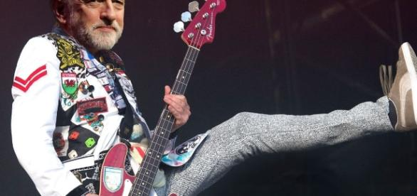 Jeremy Corbyn to finally appear on the main stage at Glastonbury ... - mirror.co.uk