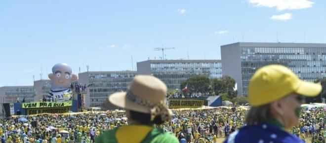 O que há de errado com a política brasileira e global? Reflexão sobre dias ruins