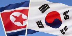 Le bandiere delle due Coree, riavvicinate dalla 'tregua olimpica'