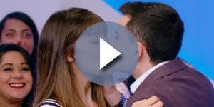 A moça gostou muito do beijo de Dudu