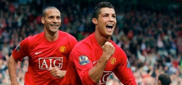 Rio Ferdinand dice que Cristiano Ronaldo no sirve para el United