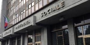 Grave a Torino: si dà fuoco per mancanza di lavoro