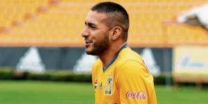 Isamel Sosa en problemas con los aficionados