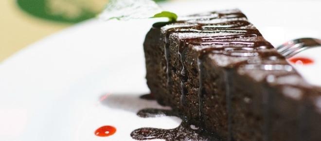 Dessert al cacao light: una torta semplice e veloce senza grassi